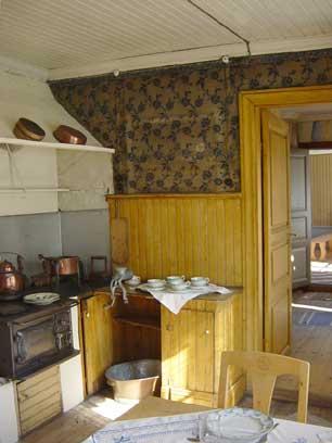 kitchen-1920