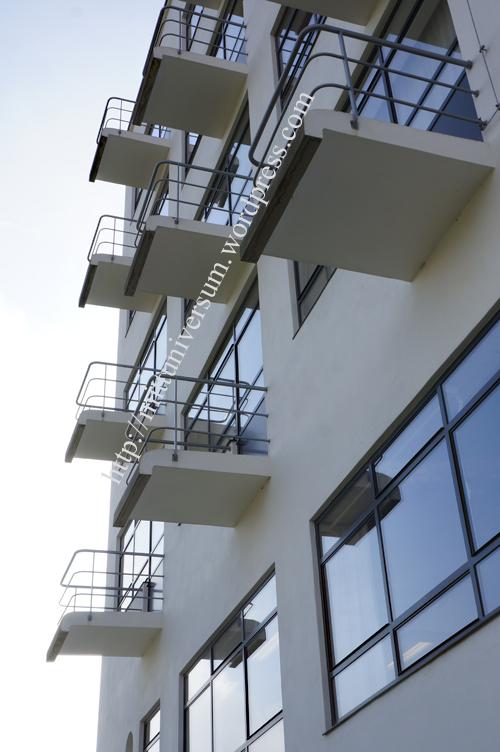 luftiga balkonger